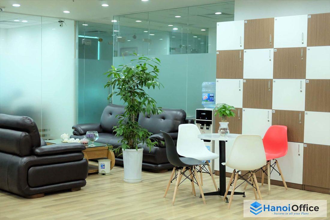 van-phong-tron-goi-hanoi-office-phong-khach-2