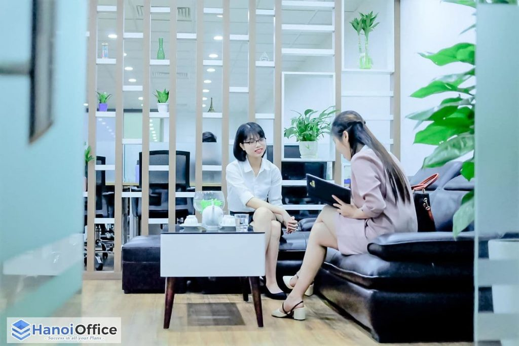 https://hanoioffice.vn/wp-content/uploads/2019/12/coworking-space-startup-2-min-400x267.jpg